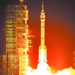 Sistem Satelit Navigasi China dilancarkan