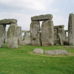 Saintis Dedah Kenapa Struktur Stonehenge dibina